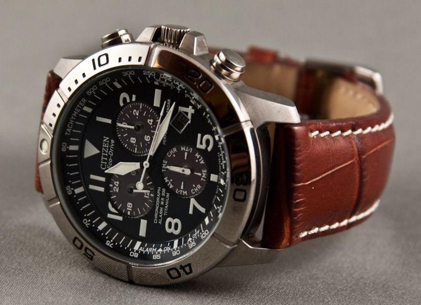 Подобрать часы в подарок золотые часы наручные мужские екатеринбург